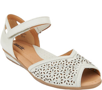 Earth Leather Peep-toe Sandals - Pangea - A289301