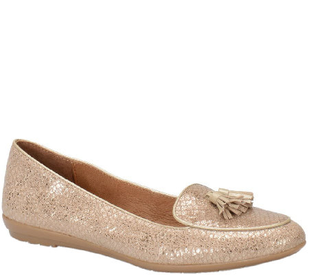 Sofft Bryce Tasseled Slip-on Flats