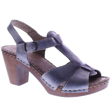 Spring Step Leather T-Strap Sandals - Cynder