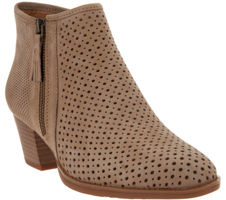 Earth Leather Perforated Booties - Pineberry
