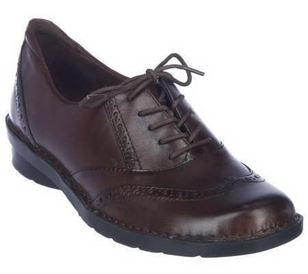 Clarks Bendables Leather Oxfords with Eyelet Detail