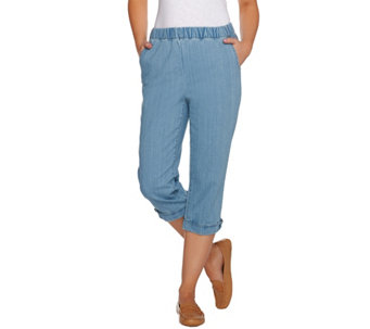 Denim & Co. Pull- On Stretch Denim Pedal Pusher w. Button Details - A279003