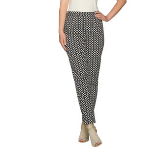C. Wonder Medallion Printed Ankle Length Pants - A281004
