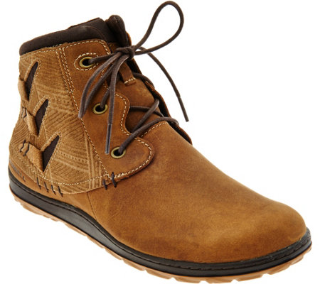 Merrell Leather Lace-up Ankle Boots - Ashland Vee Ankle