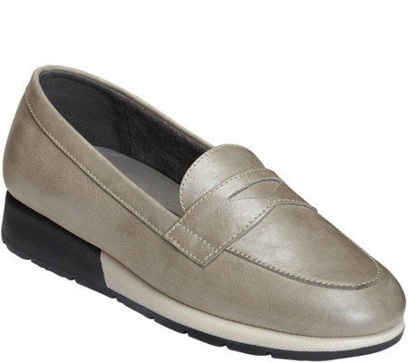 Aerosoles Penny Loafers - Time Off