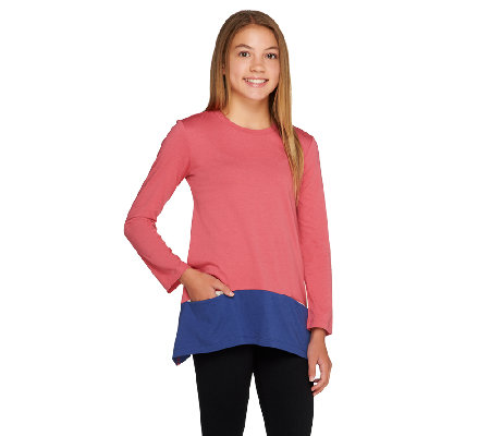 LOGO Littles by Lori Goldstein Knit Top with Contrast Hem and Pockets