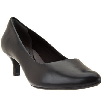 Rockport Total Motion Leather Kitten Heel Pumps - A286807