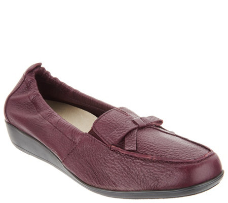 Vitaform Leather Loafers with Bow Detail