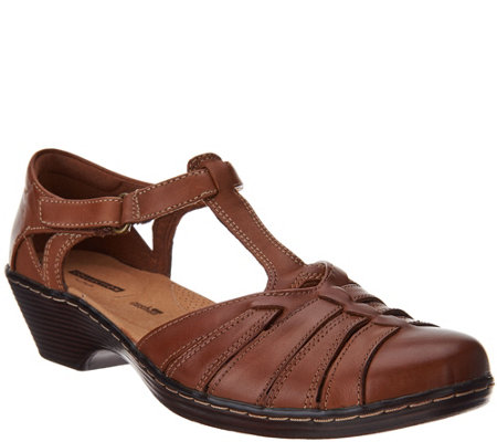 Clarks Leather Adjustable Fisherman Sandals - Wendy Alto