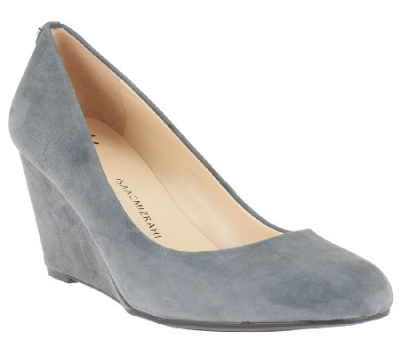 Isaac Mizrahi Live! Round Toe Suede Wedges