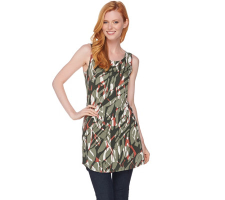 LOGO Layers by Lori Goldstein Printed Knit Tank with Shirttail Hem