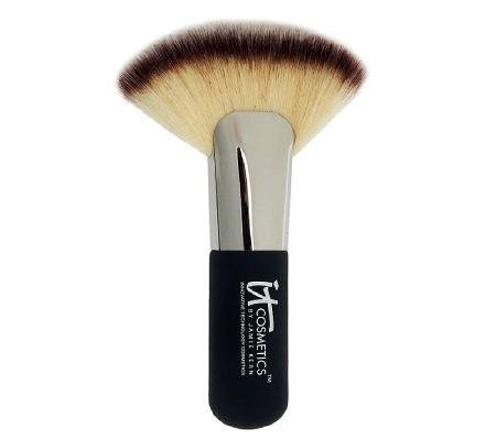 IT Cosmetics Heavenly Luxe Mega-Fat Fan Brush