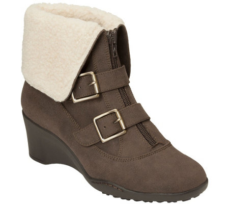 A2 Heel Rest Wedge Ankle Boots w/Buckles - Music Tor