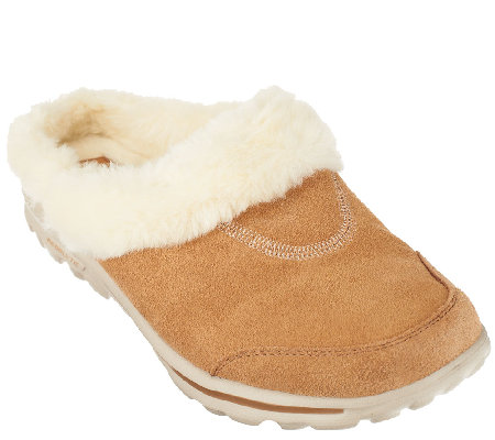 Skechers GOwalk Suede Clogs with Faux Fur Lining - Cozy