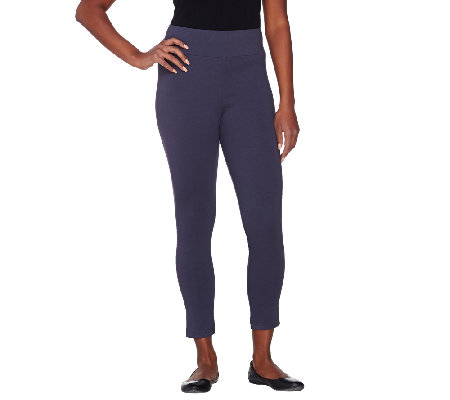 LOGO Layers by Lori Goldstein Petite Pull-On Knit Capri Pants