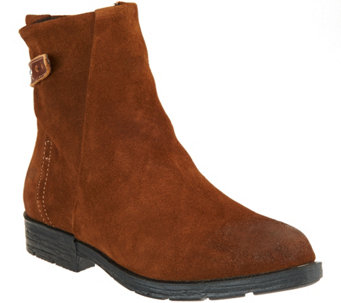 Cougar Waterproof Suede Ankle Boots - Yazoo - A284914