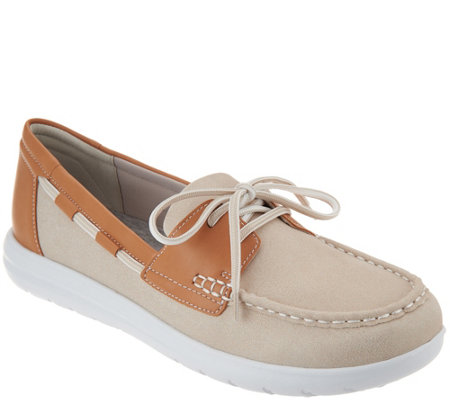 """As Is"" Clarks Cloud Steppers Boat Shoes - Jocolin Vista"