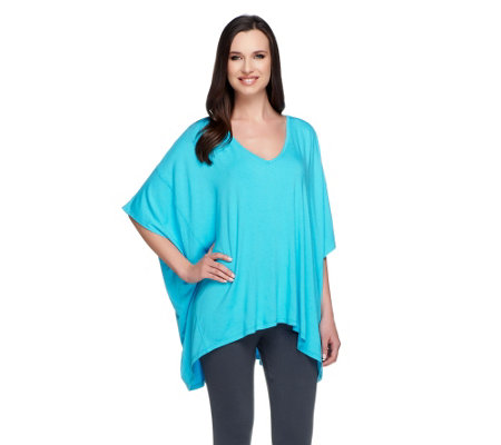 Lisa Rinna Collection Wide V-Neck T-Shirt