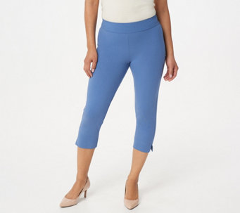 Women with Control Petite Contour Waist Pull-On Capri Pants - A251516