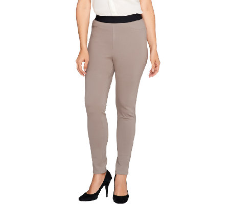 SA by Seth Aaron Ponte Knit Legging with Pocket Detail