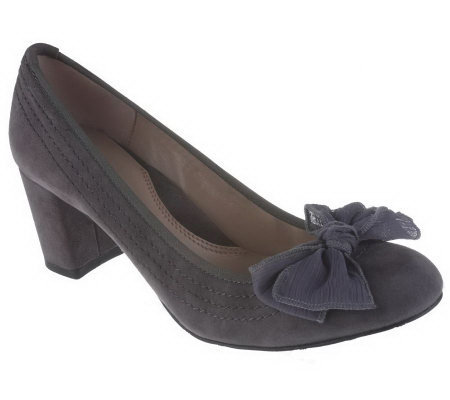 Tignanello Leather or Suede Pumps with Stitch & Bow Detail