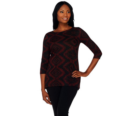 Attitudes by Renee Hi-Low Hem 3/4 Sleeve Jacquard Top