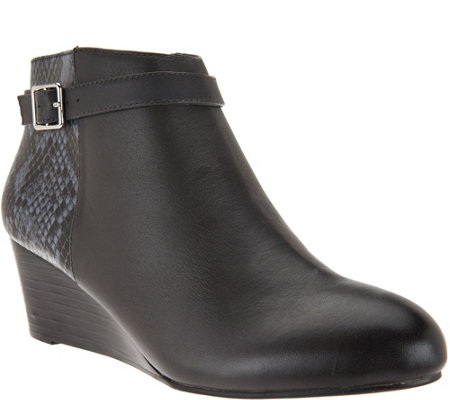 """As Is"" Vionic Orthotic Leather Wedge Boots Detail- Shasta"