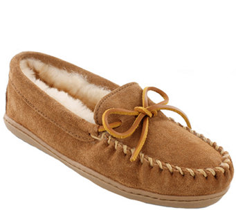 Minnetonka Leather Moccasin Slippers - Sheepskin Hardsole Moc - A338521