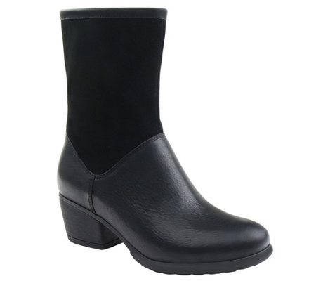 Eastland Leather Ankle Boots - Kiera
