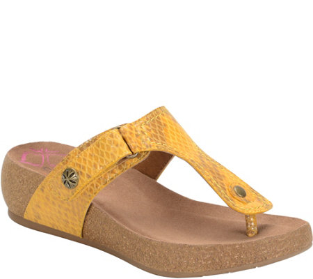 Comfortiva Leather Thong Sandals - Shantel