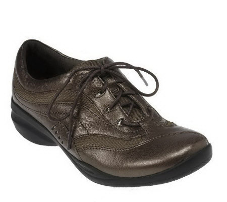 Clarks In Motion Hike Leather Lace-up Walking Shoes
