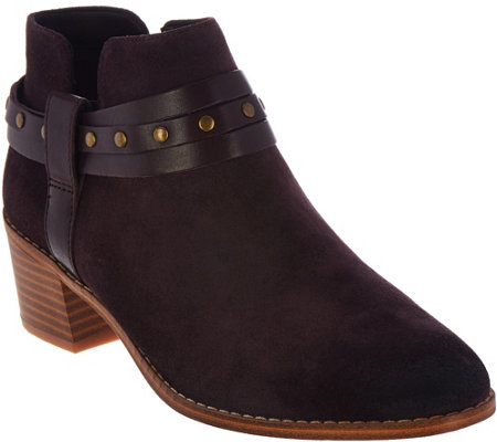 Clarks Somerset Block Heel Ankle Boots - Breccan Shine