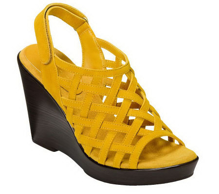 Aerosoles Oragami Wedges