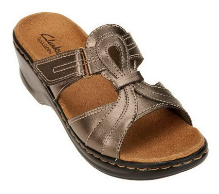 Clarks Bendables Lexi Empress Leather T-Strap Slides