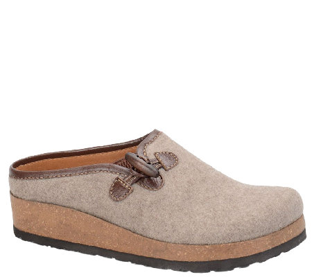 Sofft Casual Leather Shoes - Blossom