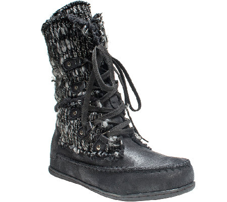 MUK LUKS Lilly Lace-Up Boot