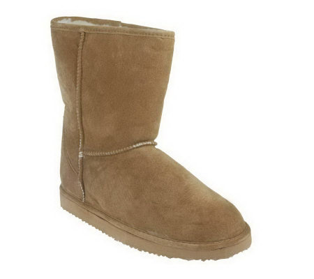 Lamo Suede Pull-on Boots with Faux Fur Lining
