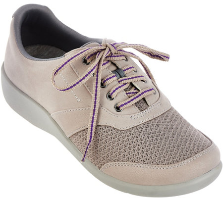 """As Is"" Clarks Cloud Steppers Lace-up Sneakers - Sillian Emma"