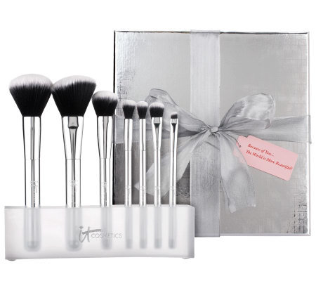 IT Cosmetics Full Size 7-pc. Micro-Airbrush Blurring Brush Set with Stand