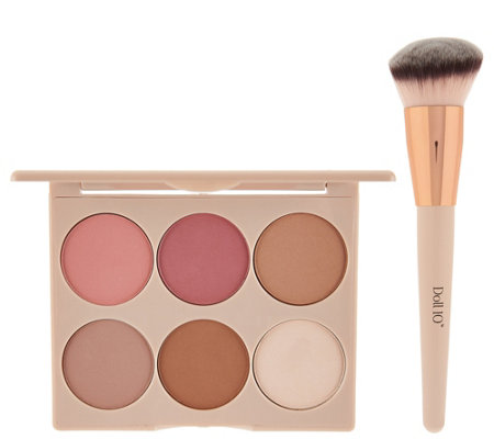 Doll 10 Cheek to Chic Blush & Contour Palette w/ Sculpting Brush