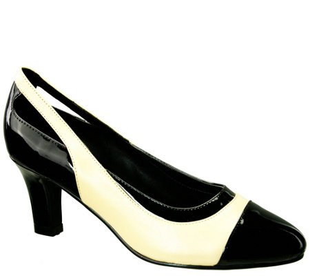 David Tate Leather Pumps - Grove