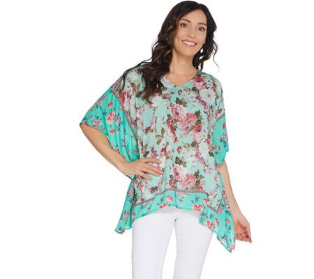 Tolani Collection Printed V-Neck Woven Caftan Top