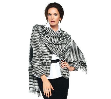 Joan Rivers Classic Houndstooth Wrap
