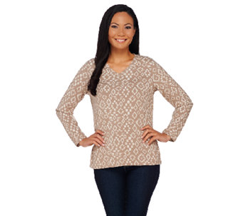 Denim & Co. Printed V-Neck Long Sleeve Top - A269037