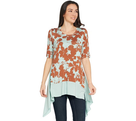 LOGO by Lori Goldstein Printed Knit Top w/ Exaggerated Hem