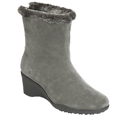 aerosoles heel rest suede wedge ankle boots attorney