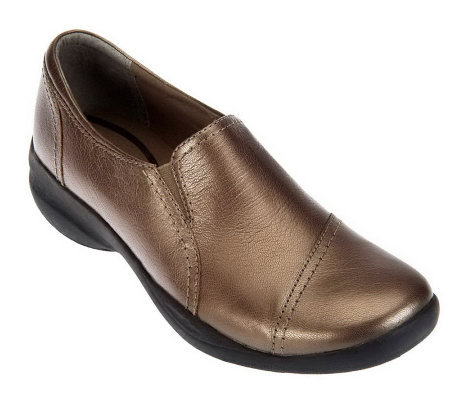 Clarks Tumbled Leather Slip-on Shoes - In.Motion Moc