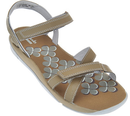 Clarks Adjustable Multi-strap Sport Sandals - Tresca Trace
