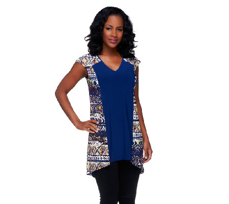Attitudes by Renee Print & Solid V-Neck Tunic