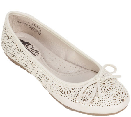 Cliffs by White Mountain Ballet Flats - Betty